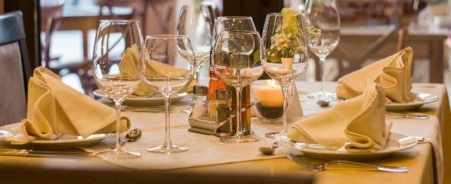 restaurant-maisondesvinsdecadillac01