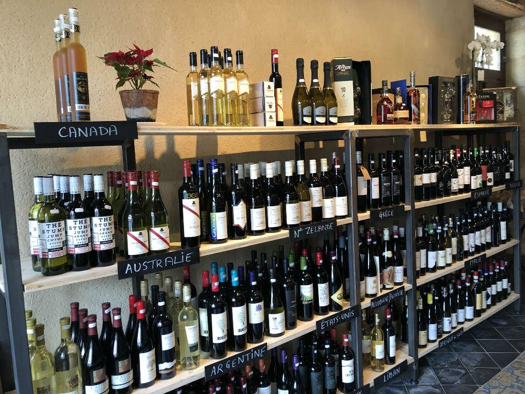 Des vins d'ici et d'ailleurs