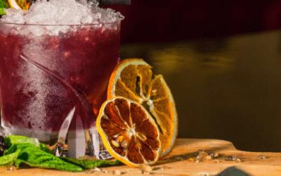 Cocktail aux agrumes et au vin blanc doux